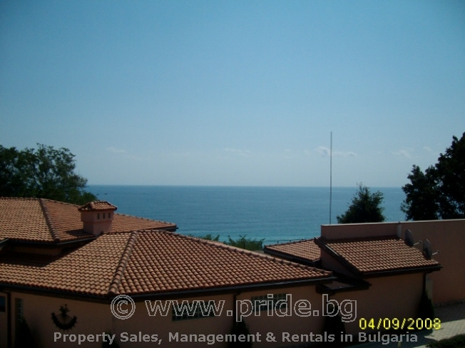 Apartment - 50m from the beach