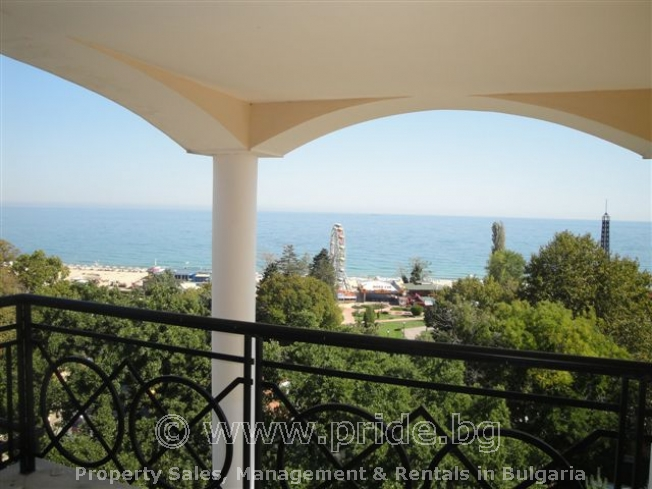 Panoramic Sea view, 70 meters from the Beach!
