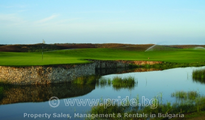 Golf  Course Villa - 900 meters from new golf course